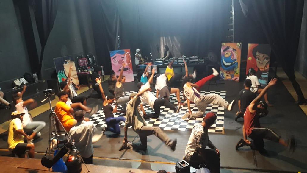 Resgate de Rua: batalha de dança de hip hop na Usina Cultural
